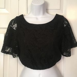 PINS & NEEDLES BLACK LACE CROPPED TOP